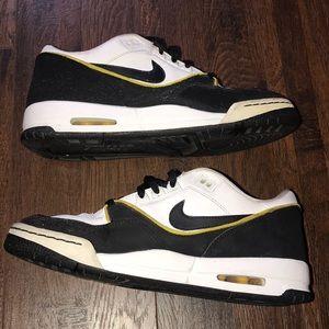 Black yellow white Nike Air Assault